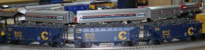 Lionel 6-21882 Chessie B&O Offset Hopper 3 Pack.jpg