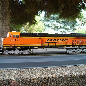 HO ATHEARN MODEL.