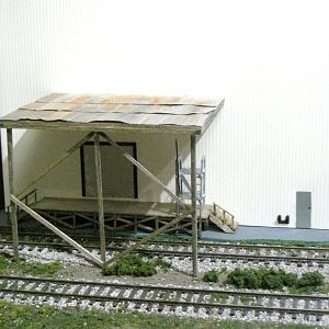 Scratchbuilt Platform and Tank Car Unloading Ramp
