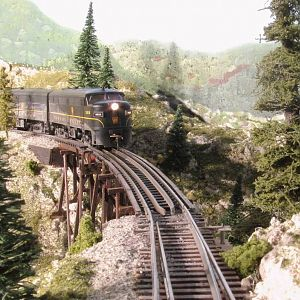 Pennsy FA2/FB2 set charges the Seneca Trestle grade