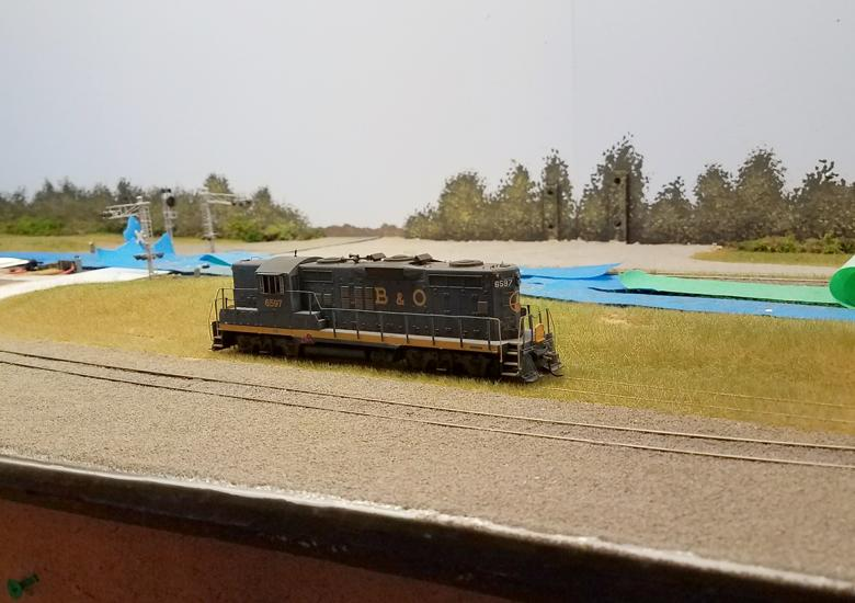 17_StaticGrassReappliedTracksideView.jpg