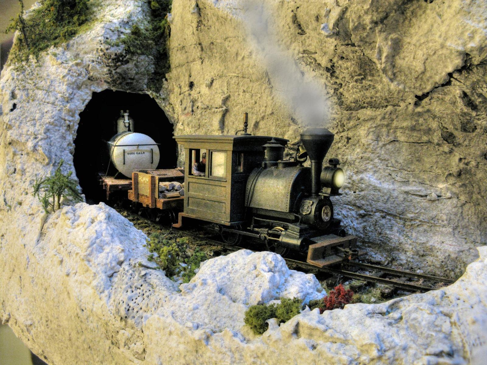 2019-10-30 tunnel.jpg