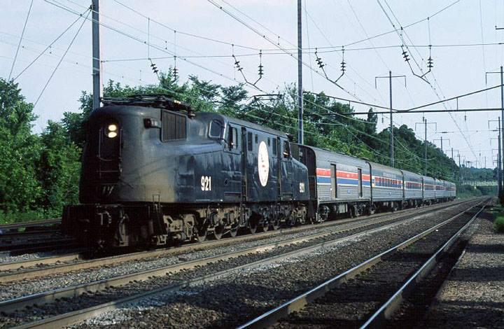 Amtrak 921 and Train.jpg
