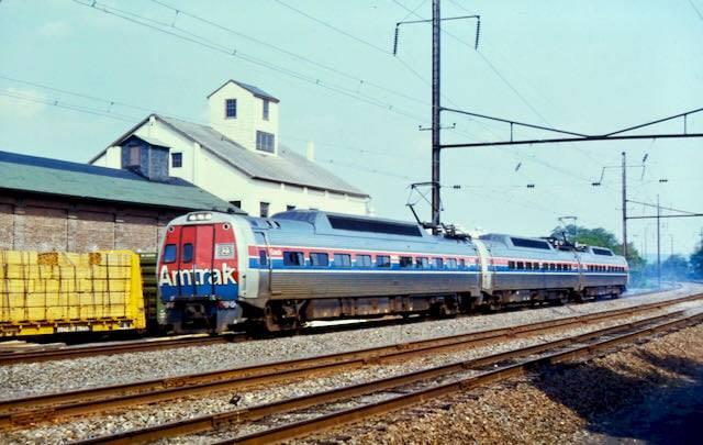 Amtrak Keystone Train 6-5-83 Lehman Place.jpg