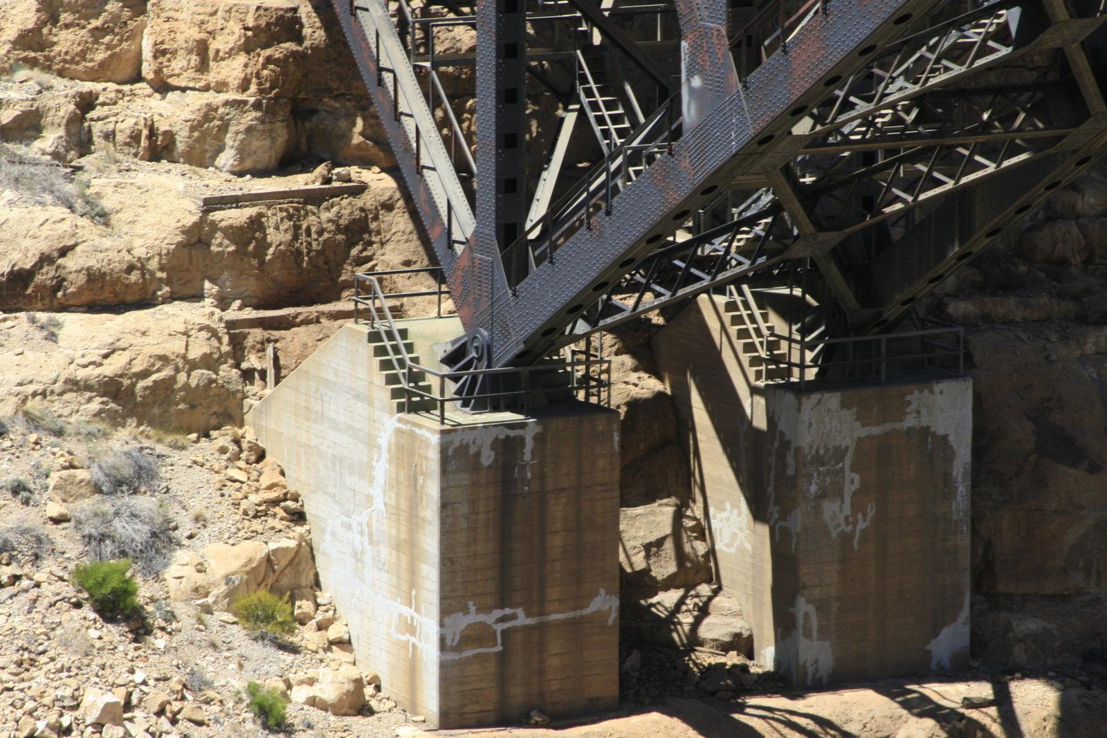 canyon-diablo-bridge_4587128773_o.jpg