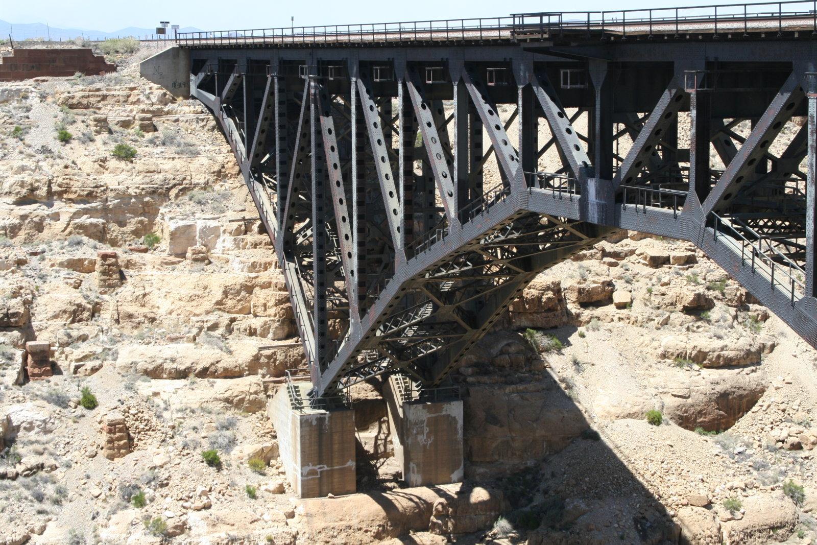 canyon-diablo-bridge_4587693290_o.jpg