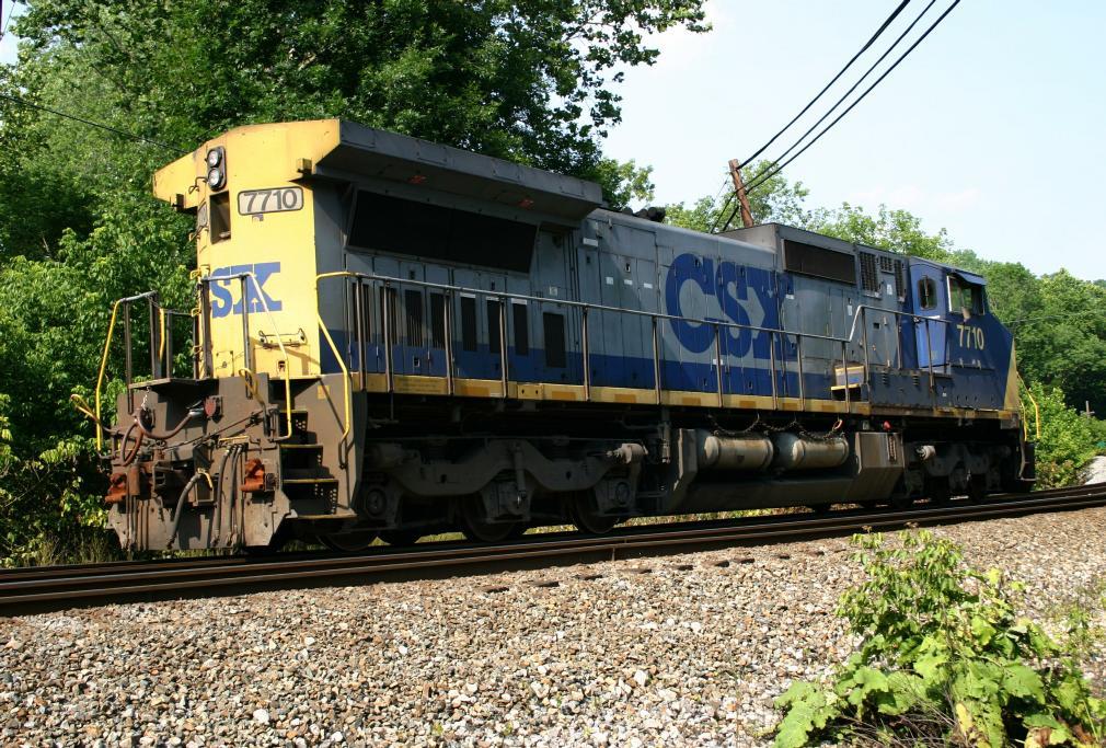 CSX_7710_side_rear.jpg