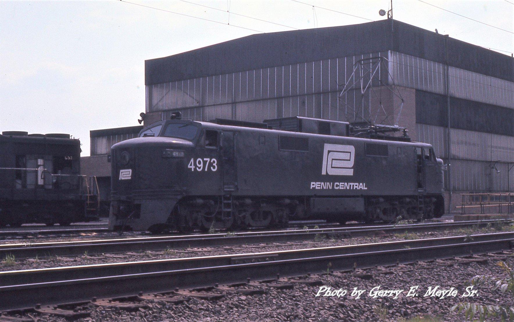 E-40 4973 at Morrisville 05_28_1976.jpg