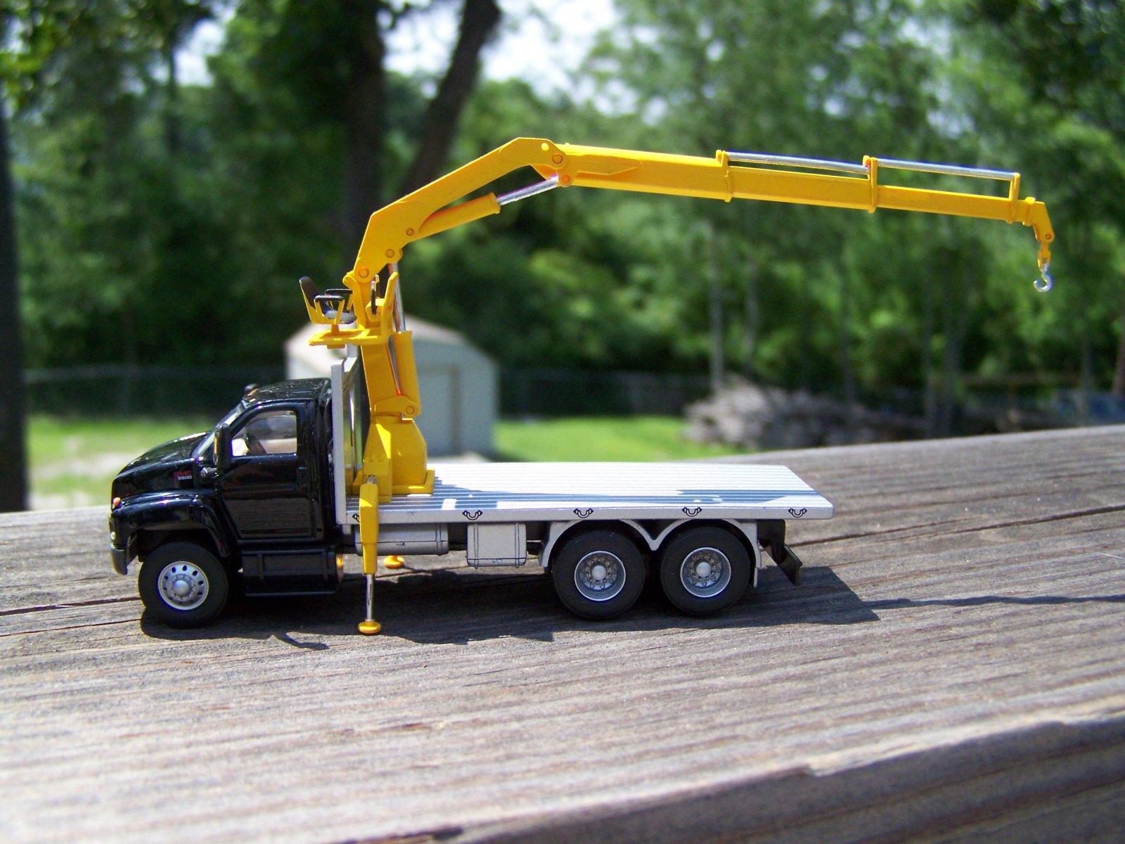 lift truck.JPG