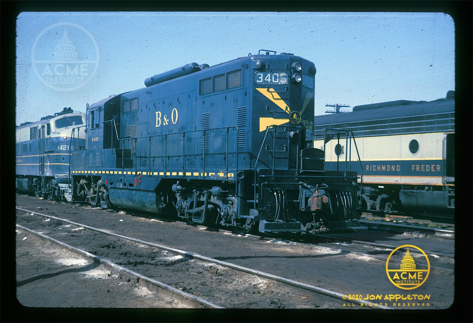 Passenger Geep at Ivy City 10-1963.jpg
