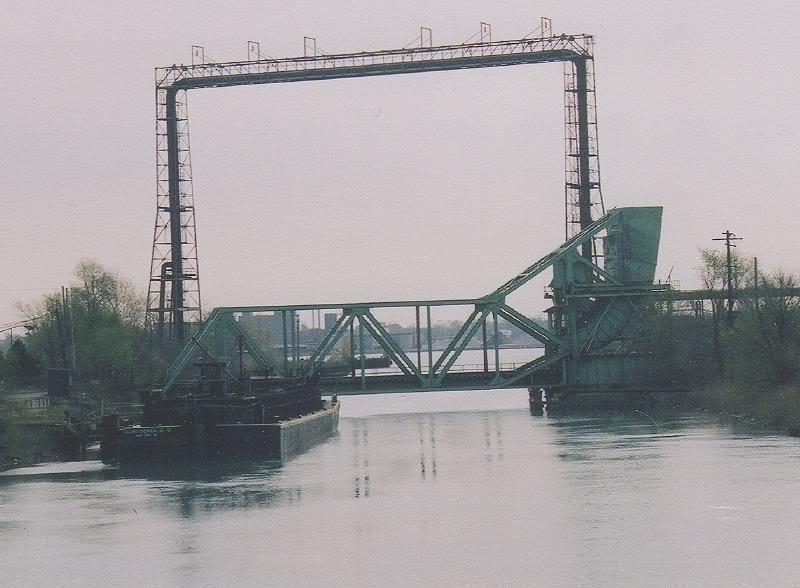 pipe_bridge.jpg