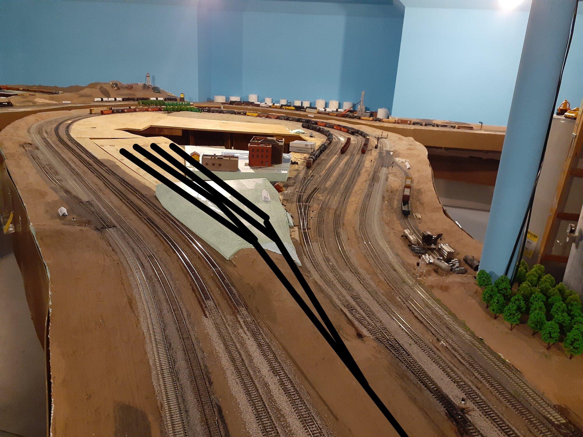 Track Plan for Auto Rack Facility.jpg