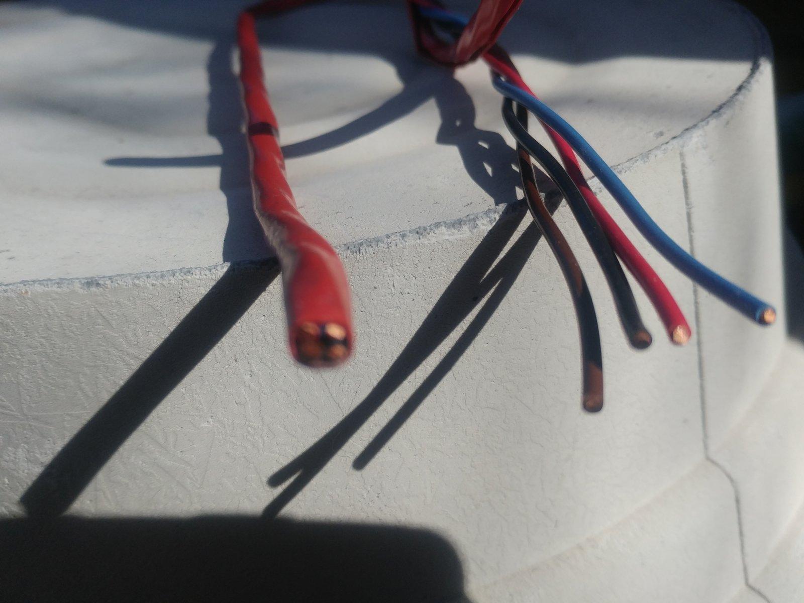 wire 01.jpg