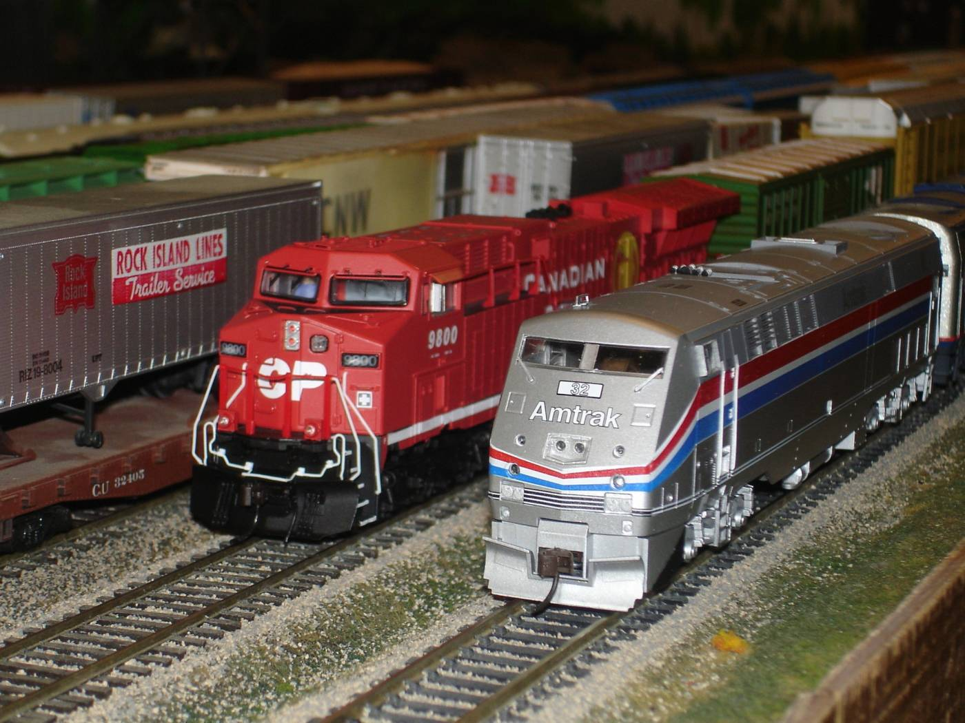 CP Overtakes Amtrak